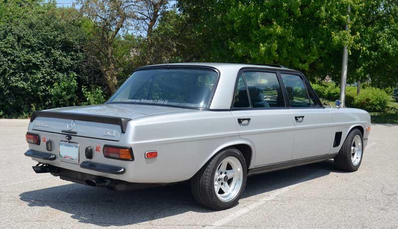 1971-Mercedes-300SEL-6.3-AMG