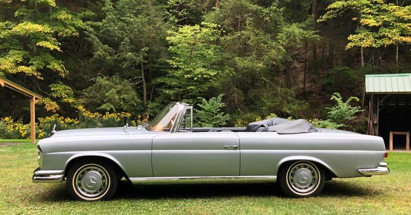 1963 Mercedes W111 220 SE Cabriolet For Sale